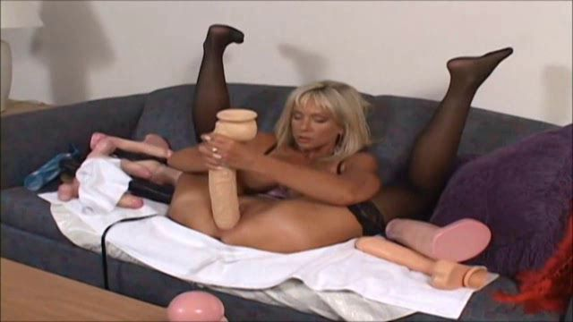 BrutalDildos_presents_Naughty_Alysha_in_Blonde_milf_in_stockings_-_24.11.2016.wmv.00010.jpg