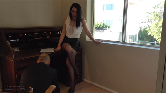 Watch Online Porn – Clips4sale presents Worship Young Goddess Kim – 01.11.2016 (MP4, FullHD, 1920×1080)