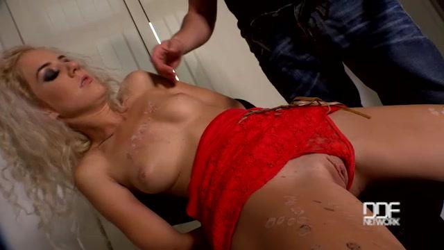 Watch Online Porn – DDFNetwork – HouseOfTaboo presents Monique Woods in The Locker Rocker – Bound Submissive Blonde Ass Fucked – 10.11.2016 (MP4, SD, 640×360)