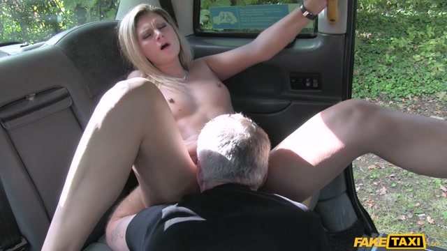 Watch Online Porn – FakeHub – FakeTaxi presents Eva Johnson in John Balls Deep in New Taxi Driver – 24.11.2016 (MP4, SD, 854×480)