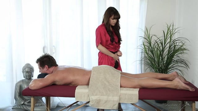 Watch Online Porn – FantasyMassage presents Alison Rey Student Crush – 16.11.2016 (MP4, FullHD, 1920×1080)