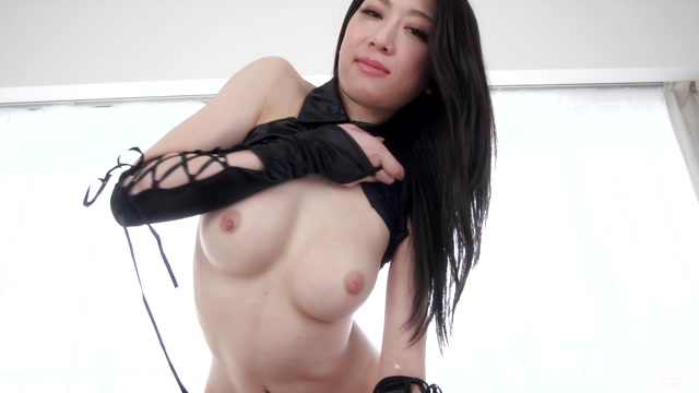 HandjobJapan_presents_Ryo_Makoto_in_Asian_Pro_HandJob.mp4.00008.jpg