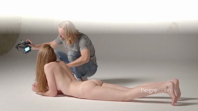 Hegre-Art_presents_Cindy_in_The_Photo_Shoot_-_08.11.2016.mp4.00008.jpg