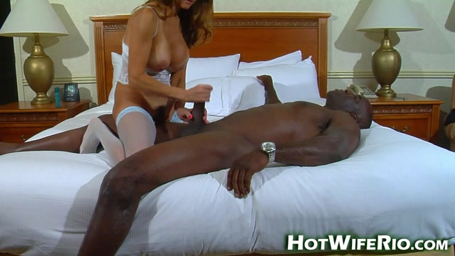 Watch Online Porn – HotWifeRio presents Rio with Black Guy (MP4, FullHD, 1920×1080)
