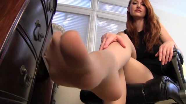 Kendra_James_in_Its_go_to_work_with_Stepmom_day.mp4.00010.jpg