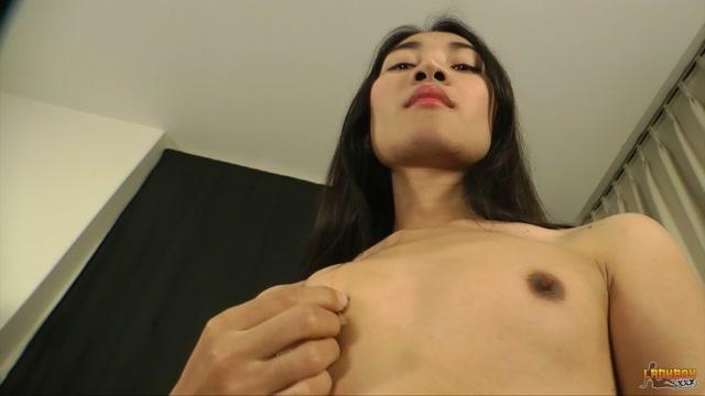 Watch Online Porn – Ladyboy.xxx – Kip in Sexy Kip Strokes Her Big Cock – 02.11.2016 (MP4, HD, 1280×720)