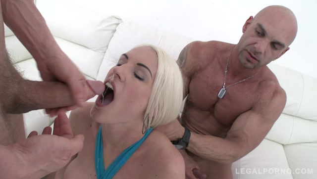 Watch Online Porn – LegalPorno presents Blanche Bradburry assfucked by 3 guys in front of her real boyfriend SZ1278 – 18.11.2016 (MP4, SD, 848×480)