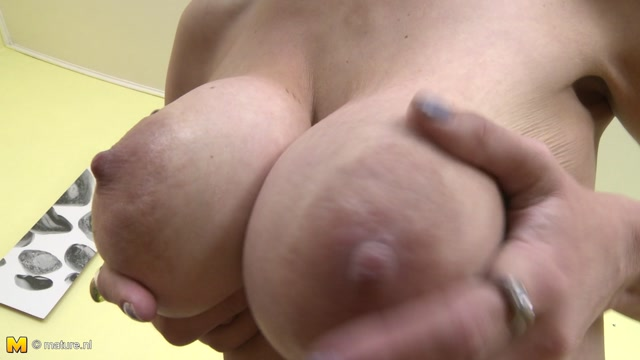 Watch Online Porn – Mature.nl presents Brenda B. (39) in Mature lady Masturbating – 07.11.2016 (MP4, FullHD, 1920×1080)