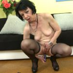 Mature.nl presents Zelma S. (56) – Naughty housewife fingering herself – 15.11.2016 (MP4, FullHD, 1920×1080)