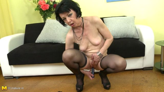 Mature Fingering Video 37