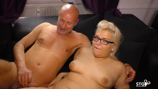 PornDoePremium_-_SextapeGermany_presents_Mariella_Sun_in_Missionary_to_doggy_drill_for_chubby_German_blonde_slut_in_first_time_porn_-_29.11.2016.mp4.00015.jpg