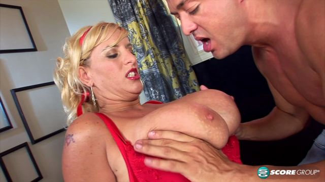 Watch Online Porn – Pornmegaload presents Gabriella Michaels in Red-Hot Suck & Fuck – 04.11.2016 (MP4, FullHD, 1920×1080)