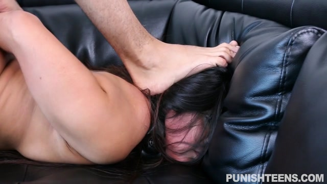 Watch Online Porn – PunishTeens presents Lexi Bandera in Paying Rent The Hard Way – 14.11.2016 (MP4, SD, 960×540)