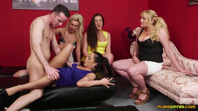 Purecfnm_presents_Lois_Loveheart__Queenie_C__Samanta_Blaze__Summer_Daniels_in_Break_Up_Sex_-_18.11.2016.mp4.00010.jpg