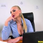 RealityKings – RKPrime presents Kayla Green in Sexual Counseling – 10.11.2016 (MP4, SD, 768×432)
