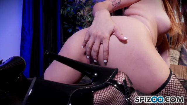 Spizoo_presents_Raquel_Roper_in_Raquel_Roper_Tease_You_-_08.11.2016.mp4.00004.jpg