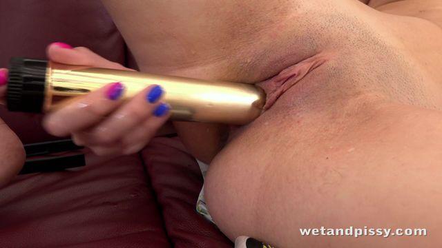 Watch Online Porn – WetAndPissy presents Ella Rosa – 08.11.2016 (MP4, FullHD, 1920×1080)