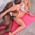 DDFNetwork – HandsOnHardcore presents Candee Licious in Yoga Mat Banging – Huge Black Dick Crams Shaved Tight Pussy – 15.11.2016