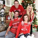 FamilyStrokes presents Riley Mae in Lets get in the christmas spirit children! – 22.12.2016