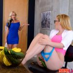 RealityKings – MomsLickTeens presents Alena Croft, Haley Mae in Right Down The Slit – 27.12.2016