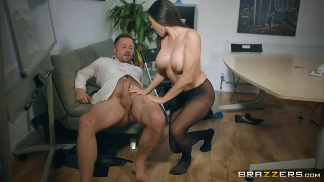 Watch Online Porn – Brazzers – BigTitsAtWork presents Mea Melone in Under The Table Deal – 01.12.2016 (MP4, SD, 854×480)