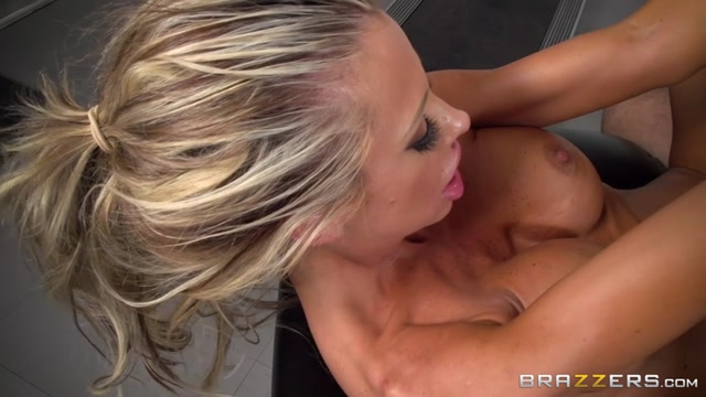 Watch Online Porn – Brazzers – DirtyMasseur presents Courtney Taylor in Stress Buster – 05.12.2016 (MP4, SD, 854×480)