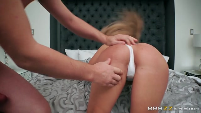 Brazzers_-_PornstarsLikeItBig_presents_Kayla_Kayden_in_My_Wifes_Girlfriend_-_20.12.2016.mp4.00004.jpg