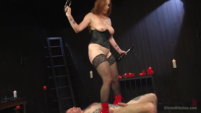 DivineBiches_presents_Bella_Rossi_and_Will_Havoc_in_The_Perfect_Slave_For_Perfect_Service_-_09.12.2016.mp4.00011.jpg