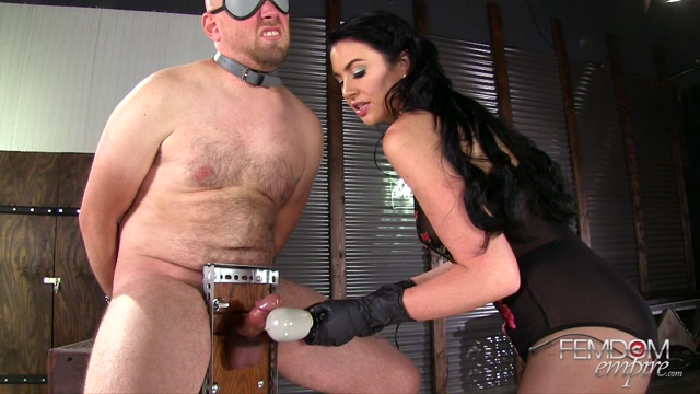 FemdomEmpire_presents_Gigi_Allens_in_Edging_Torment_-_08.12.2016.mp4.00010.jpg