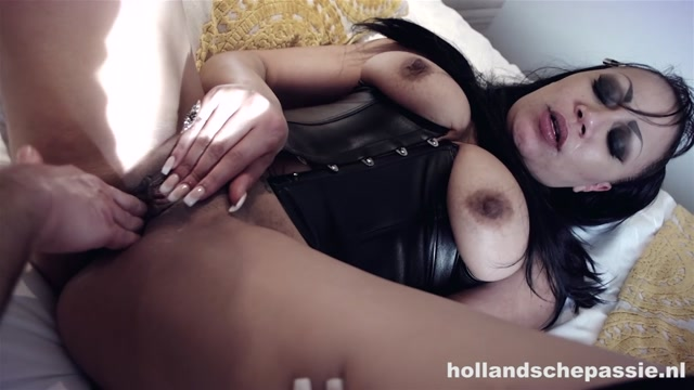 Watch Online Porn – Hollandschepassie.nl presents Angela Caramella (MP4, HD, 1280×720)