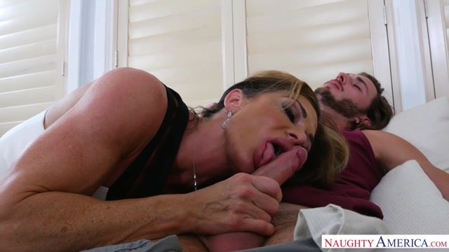 Watch Online Porn – NaughtyAmerica – MyFriendsHotMom presents Nina Dolci , Lucas Frost – 28.12.2016 (MP4, SD, 854×480)
