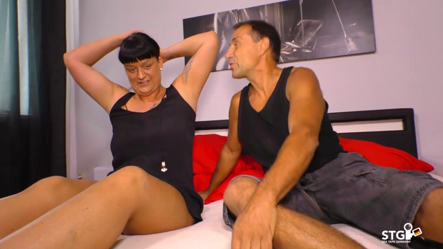 Watch Online Porn – Porndoepremium – SextapeGermany presents Kim Schmidts in Tattooed German black-haired newbie is fucked hard while shot POV style – 06.12.2016 (MP4, FullHD, 1920×1080)