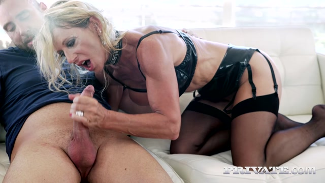 Watch Online Porn – Private presents Marina Beaulieu in MILF Enjoys Anal While Her Husband Watches – 12.12.2016 (MP4, FullHD, 1920×1080)