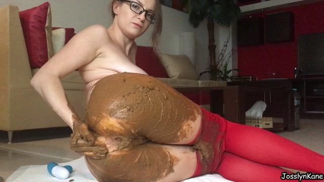 Scatshop_presents_JosslynKane_in_Red_pantyhose_got_pooped.mp4.00013.jpg