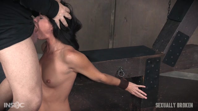 Watch Online Porn – SexuallyBroken presents India Summer in Super MILF India Summer gets broken with brutal throat fucking and pussy pounding! Wrecked! Part 3 – 28.12.2016 (MP4, HD, 1280×720)