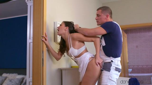 Watch Online Porn – SexyHub – DaneJones presents Yenna Black in Cheating wifes creampie fuck – 06.12.2016 (MP4, SD, 854×480)