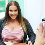 FakeHub – FakeHospital presents Laura Orsolya in Babe wants cum on her big tits – 16.12.2016