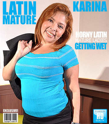 1_Mature.nl_presents_Karina_K.__43__in_Latin_chubby_mature_lady_fingering_herself_-_20.01.2017.jpg