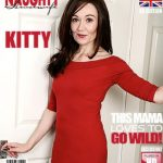 Mature.nl presents Kitty (EU) (45) in British housewife playing with her toys – 21.01.2017