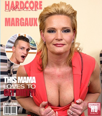 1_Mature.nl_presents_Margaux_M.__44__in_hot_housewife_doing_her_toyboy_-_14.01.2017.jpg