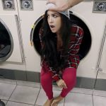 Mofos – PervsOnPatrol presents Annika Eve in Latina Gets Facial In Laundromat – 13.01.2017