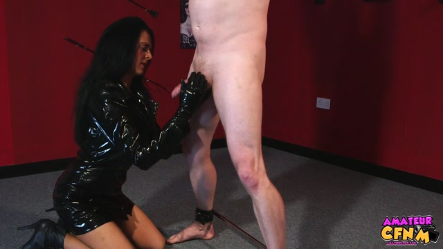 AmateurCfnm_presents_Jess_Scotland_in_Fuck_My_Hand_-_24.01.2017.mp4.00001.jpg
