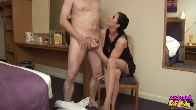 Amateurcfnm_presents_Louise_Jenson_in_Straddle_Wank_-_10.01.2017.mp4.00011.jpg