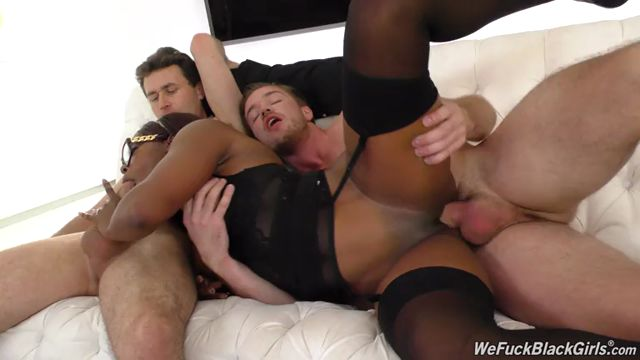 Watch Online Porn – DogfartNetwork – WeFuckBlackGirls presents Jasmine Webb – 23.01.2017 (MP4, SD, 768×432)