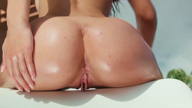 Watch Online Porn – EternalDesire presents Gloria Sol in AIRE – 22.01.2017 (MP4, FullHD, 1920×1080)