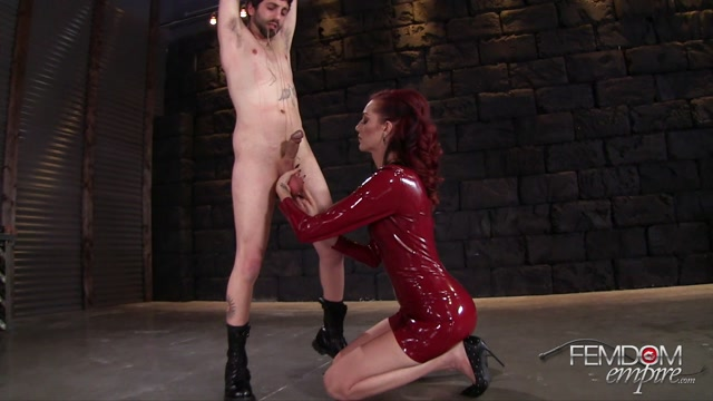 FemdomEmpire_presents_Sablique_Von_Lux_in_Little_man_kicked_in_-_25.01.2017.mp4.00002.jpg