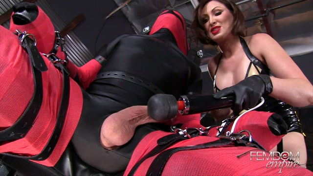 FemdomEmpire_presents_Yasmin_Scott_in_Bondage_Play_Toy_-_11.01.2017.mp4.00006.jpg