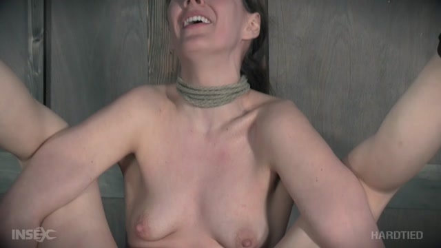 HardTied_presents_Sierra_Cirque_in_Sierra_Screams_-_11.01.2017.mp4.00007.jpg