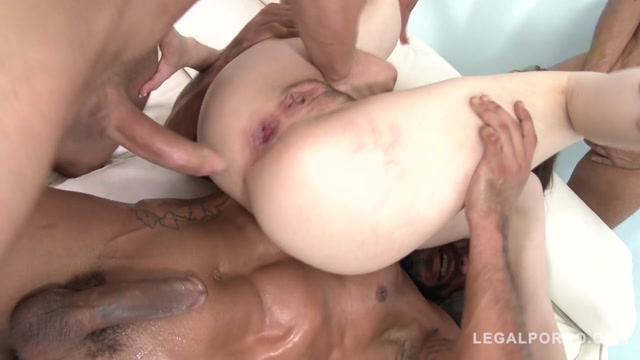 LegalPorno_presents_Luna_Rival_anal_gangbang_with_DAP___creampie_SZ1373_-_07.01.2017.mp4.00012.jpg