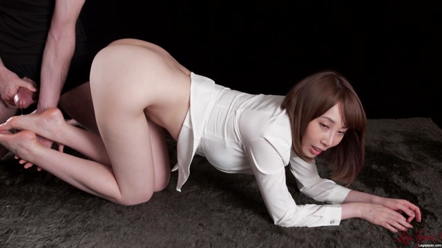 LegsJapan_presents_Aya_Kisaki_in_Hot_Cock_Footrub.mp4.00015.jpg